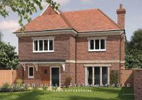 5 bed new house in Central Thame...