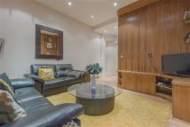 Earls Court Road Apartment to rent