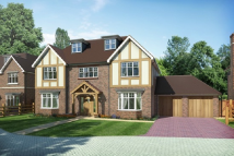 new house for sale in Lower Road, Fetcham...
