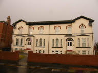 1 bedroom Ground Flat to rent in PART STREET, Southport...
