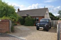 2 bed Detached Bungalow in Chiseldon, Wiltshire