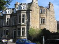 Flat to rent in Douglas Crescent...