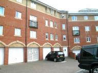2 bed Flat to rent in Saltash Road, Swindon