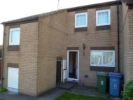 Town House in 8 Airedale Worksop Notts
