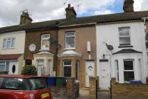Terraced house to rent in Grove Road, Grays, Essex