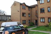 1 bedroom Flat in Wingrove Drive, Purfleet...