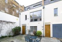 3 bed Mews in DUNWORTH MEWS, W11