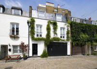 Mews to rent in HYDE PARK GARDENS MEWS...