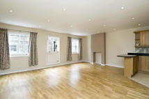 3 bedroom Mews to rent in SOUTHWICK MEWS, W2