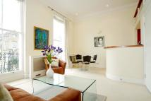 Flat to rent in LANSDOWNE CRESCENT, W11