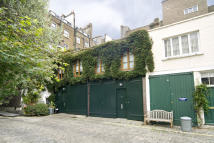 2 bed Mews to rent in BATHURST MEWS, W2