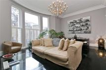 3 bed Apartment in Cumberland House, London...