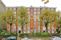 Flat to rent in Grove End Road...