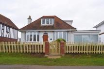 Thames Side Detached house to rent