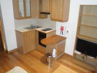 Flat to rent in Cartwright Gardens...