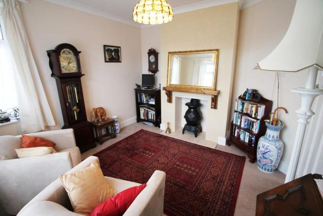 Bedroom 3/Further...