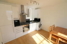 2 bed Flat to rent in Norwood Road