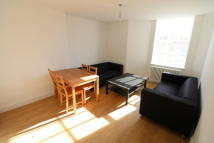 Flat to rent in Norwood Road