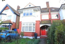 5 bedroom semi detached property in Woodbourne Avenue