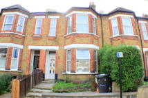 2 bedroom Flat in Selsdon Road