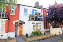 Flat to rent in Harpenden Road