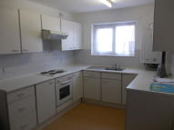 Flat to rent in Markfield Drive...
