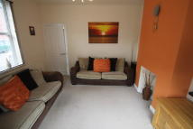 semi detached house to rent in Elm Road, Beighton...