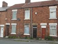 2 bed Terraced home to rent in Goosebutt St, Parkgate