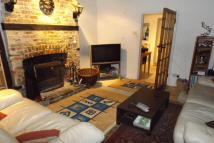 2 bed home in Central Midhurst