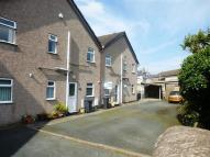 2 bed Flat to rent in 6 Yarlwell...