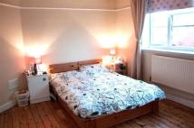 2 bed Flat to rent in 27 Bredbury Road...