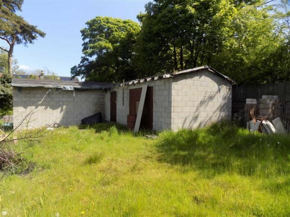 Outbuilding - Stable / Garage