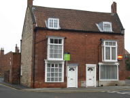 3 bed semi detached house in Eastgate, Lincoln...
