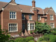 2 bed Apartment to rent in Francis Hill Court...