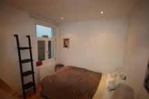 Ground Flat to rent in Westcote Road, London...