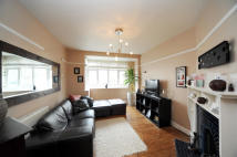 4 bed End of Terrace property in Byron Road, London, E17