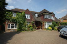 4 bed Detached home in Kings Langley, HERTS
