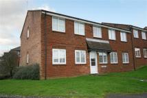 Apartment in Gordon Close...