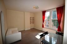 Flat to rent in Walm Lane, London, NW2