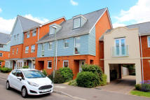 3 bedroom Terraced house for sale in Redhill, RH1