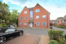 Flat to rent in Reigate, RH2
