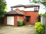Detached home to rent in Chorley Close...