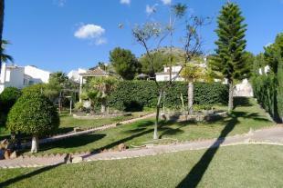 1532 jardin (Medium)