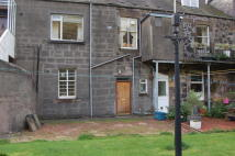 Ground Flat for sale in 138e West Stirling...