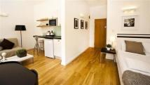 Apartment in Hyde Park Executive...