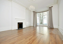4 bed Terraced house to rent in Belsize Square, London...