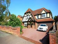 5 bed Detached property to rent in Coombe Rise, Shenfield...