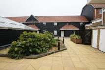 Apartment to rent in Nayland Court...