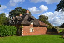 3 bed Cottage for sale in Stapleford, Leics