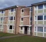 Flat to rent in Williams Close, Brampton...